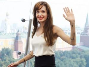 Angelina Jolie paparazzi