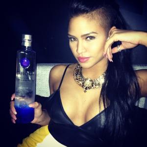 Cassie Ventura sexy drunk