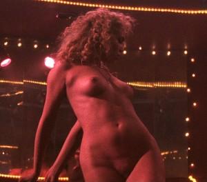 Elizabeth Berkley naked xxx