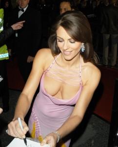 Elizabeth Hurley paparazzi nipple slip
