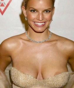 Jessica Simpson hot nipple slip