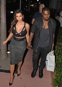 Kanye explodes on paparazzi and Kim is forced to pay for parking