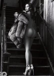 Kim Kardashian sexy ass GQ