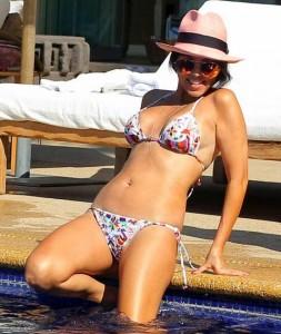 Kim Kardashian swimming pool