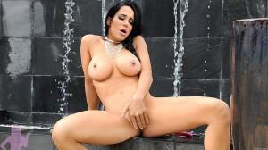 Nadya Suleman fully nude