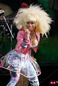 Nicki Minaj concerte boobs