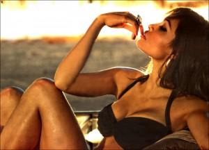 Rosario Dawson sexy bra