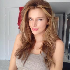 Bella Thorne selfie