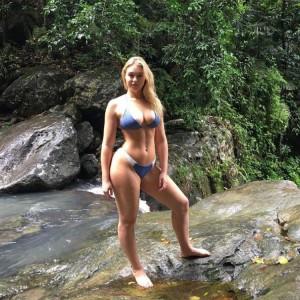 Iskra Lawrence bikini