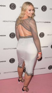 Iskra Lawrence sexy ass