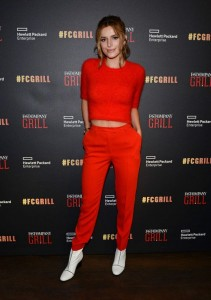Bella Thorne in red