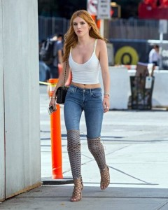 Bella Thorne sexy blue jeans