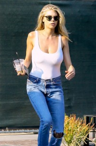 charlotte-mckinney-without-bra