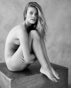 Nina Agdal hot bw photoshoot