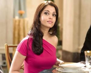 Aishwarya Rai pink dress