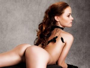 Alexis Bledel naked