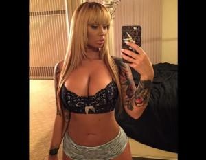 Amber Rose hot bra