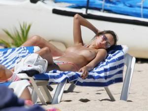 Anna Draganska full nipples paparazzi