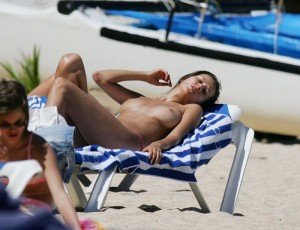 Anna Draganska sleeping topless beach