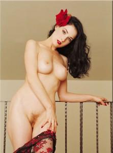 Dita Von Teese absolutelly naked