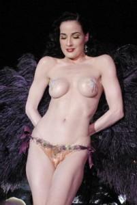Dita Von Teese boobs topless