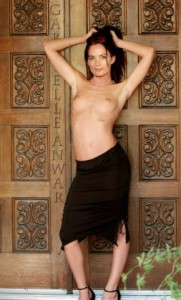 Gabrielle Anwar topless