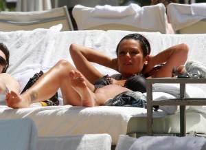 """Jenni """"JWOWW"""" Farley near pool paparazzi"""