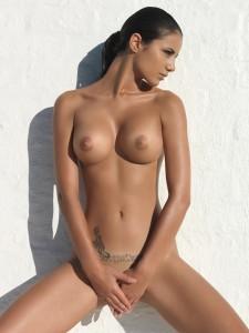 Johanna Lundback topless