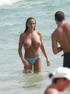 Katie Price topless paparazzi