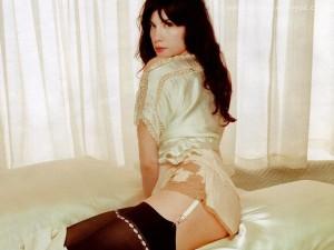 Liv Tyler hot