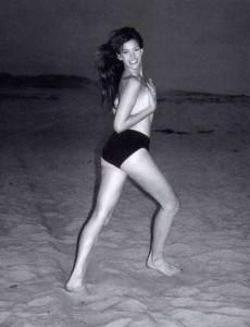 Liv Tyler rare topless