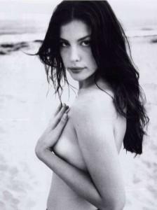 Liv Tyler topless bw
