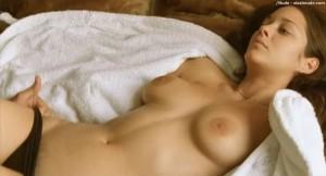 Marion Cotillard sex scene caps