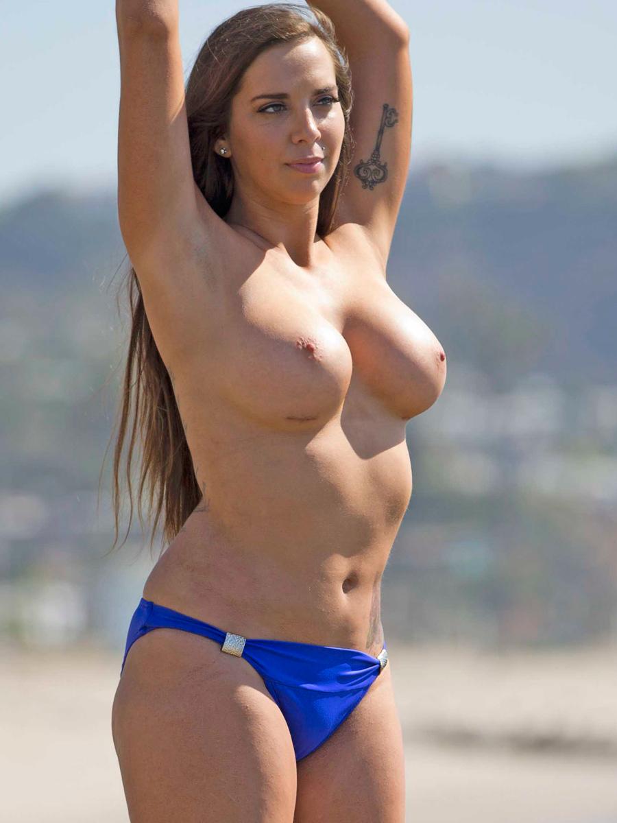 Sydney Sweeney Nude Interracial Sex Outtake