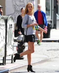 Erin Heatherton on street