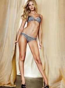 Erin Heatherton sexy legs