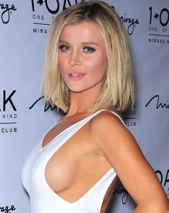 Joanna Krupa boobs paparazzi