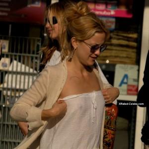 Kate Hudson see through nipples
