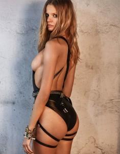 Magdalena Frackowiak nipple lsip
