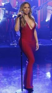 Mariah Carey big tits cleavage