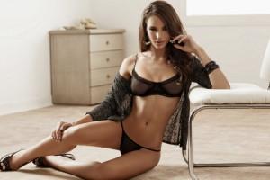 Nicole Meyer see through nipples