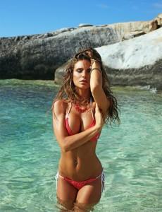Nina Senicar hot hot hot
