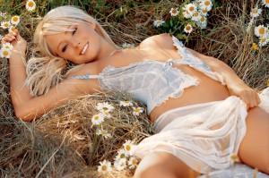 Sara Jean Underwood nipples