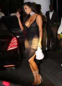 kim-kardashian-see-thru-paparazzi