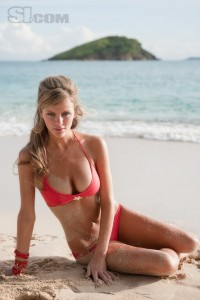 brooklyn-decker-hot-bikini