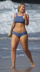 iskra-lawrence-hot-bikini