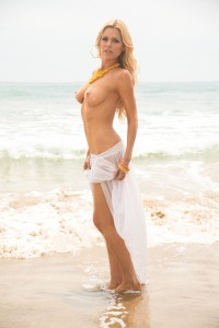 sophie-monk-sexy-topless