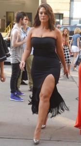 ashley-graham-sexy-black-dress