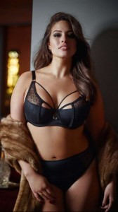 ashley-graham-sexy-black-lingerie