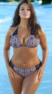 ashley-graham-sexy-boobs-bikini